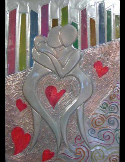 123-Abbraccio-di-cuore-mis-45x65-(sbalzo-su-rame-smaltato-)-2014